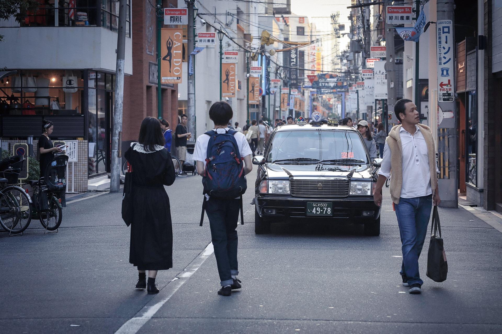 京橋の街を徘徊